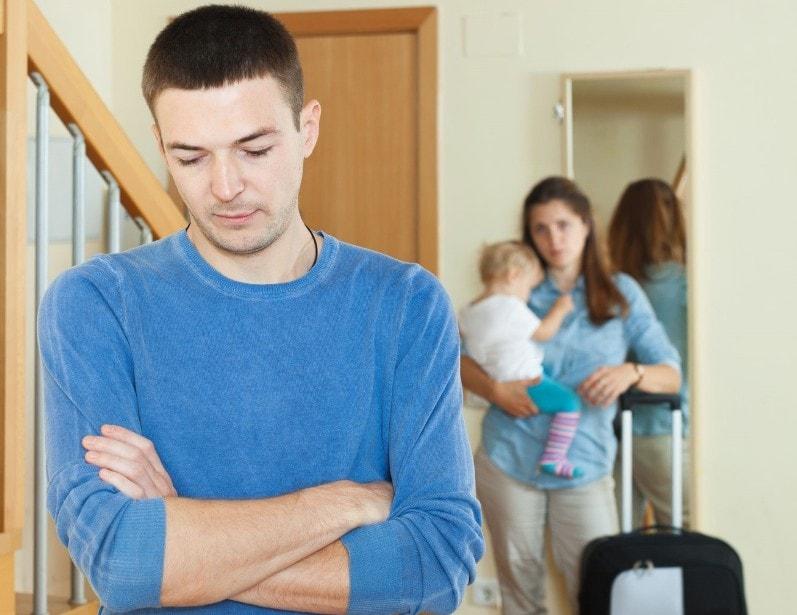после рождения второго ребенка испортились отношения с мужем