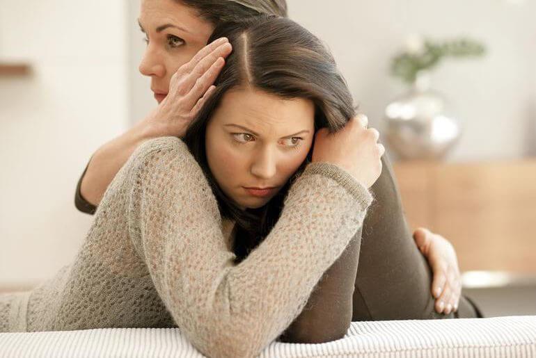 дочь 13 лет не хочет общаться с матерью
