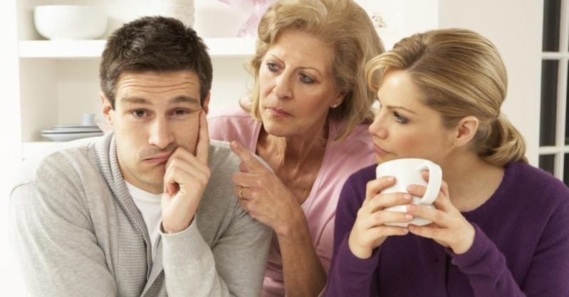 почему возникает эгоизм матери к взрослому сыну