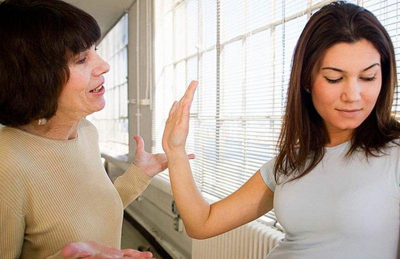 почему дочь так не любит и не уважает свою мать