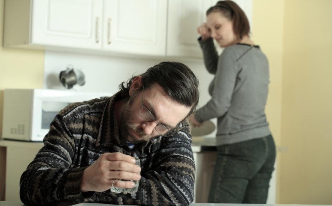 Как вести себя после запоя мужа