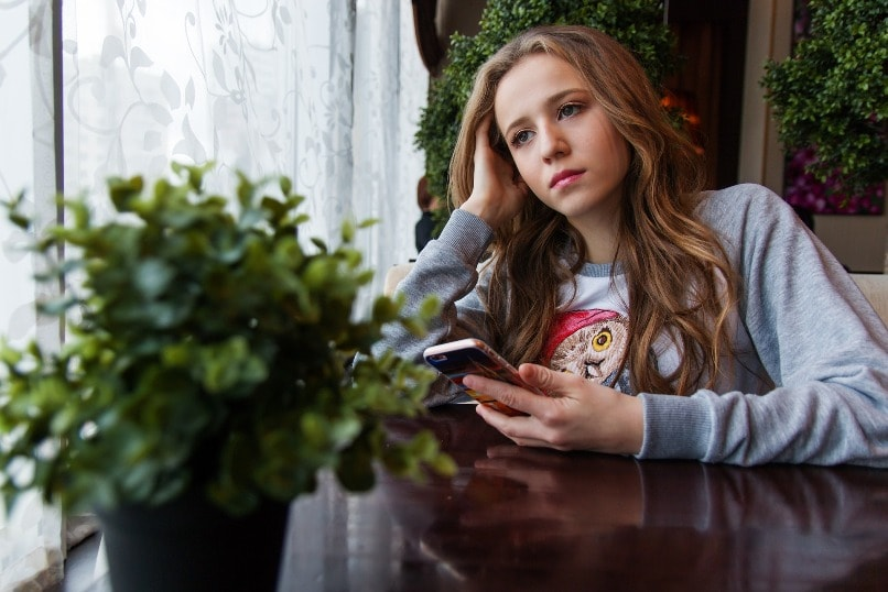 переходный возраст у девочек в 12 лет признаки