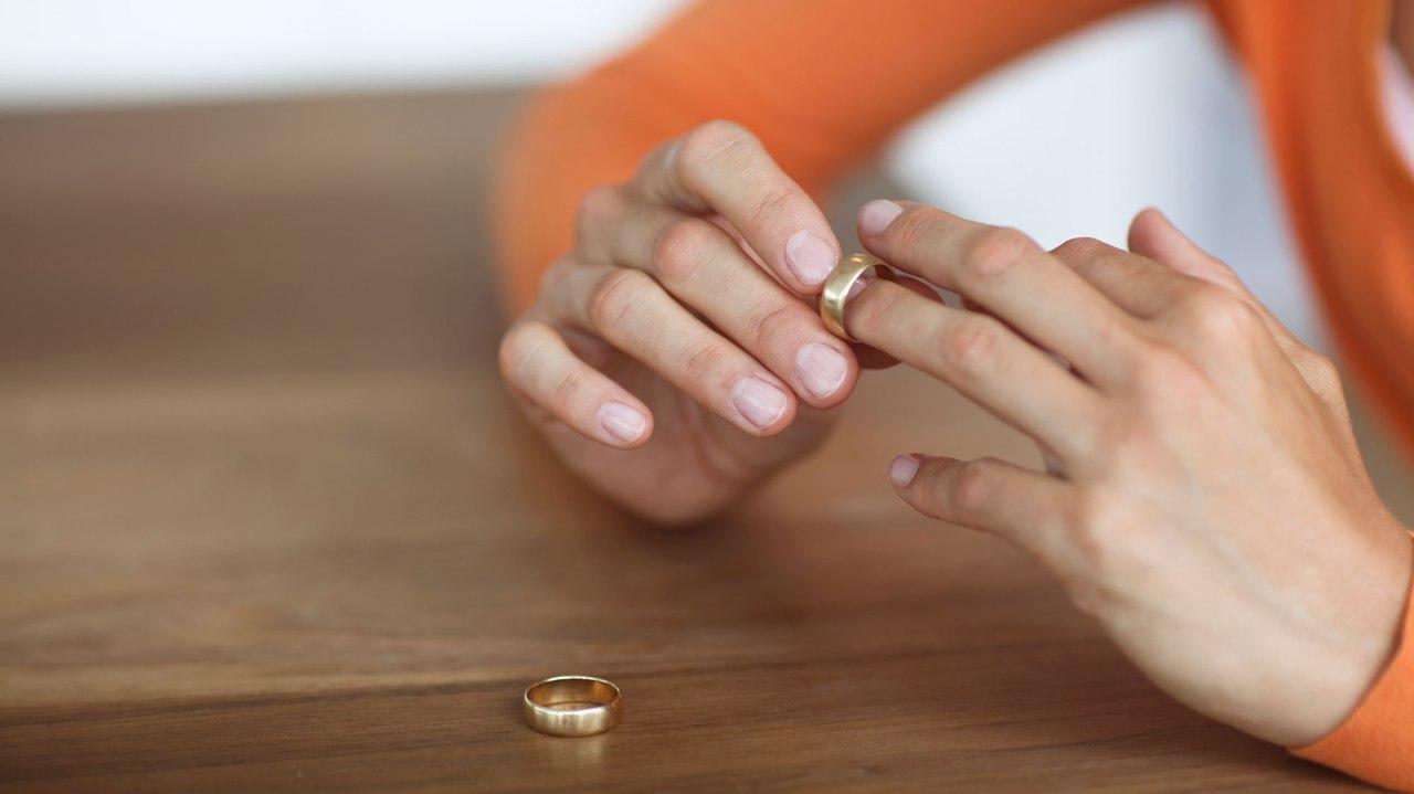 Что делать женщине, если муж решил развестись?